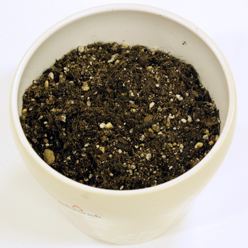 こだわりのプレミアム培養土「花と野菜のごちそう」36リットル