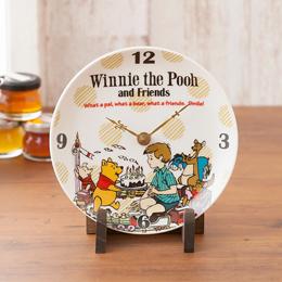 可愛さ溢れる「くまのプーさん」がデザインされた陶時計は、飾れば部屋が華やぐ可愛らしいデザインです。
