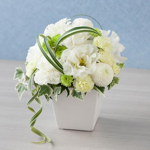 <千趣会イイハナ> 【故人を偲ぶ、お悔みの花】アレンジメント「愁雲」