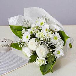 花束「ホワイト・メモワール」