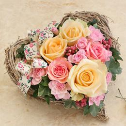 アレンジメント「Rose heart basket」