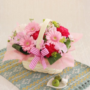 アレンジメント「Cheerful Pink」