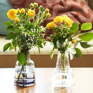 花束セット「北欧風フラワーベース2種セット(イエローローズとユーカリ)」
